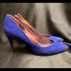 Beautiful Ted Baker Leather London Pumps, Size 9